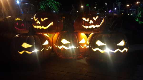 halloween-carthageland-06