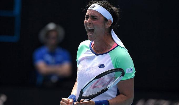 Tennis-WTA : la Tunisienne Ons Jabeur file en quarts de finale